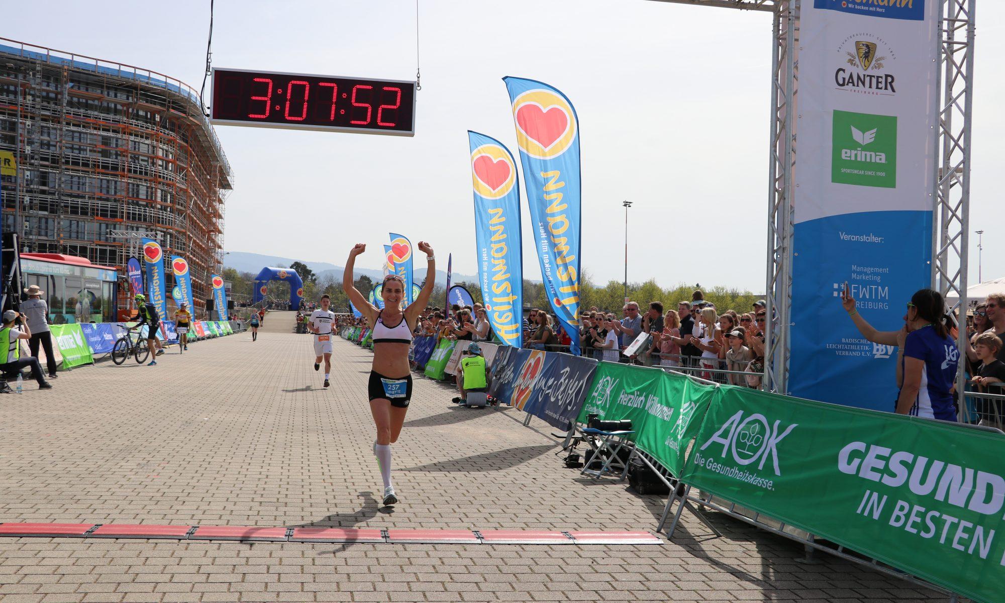 Annette Götz belegt den zweiten Platz beim Freiburg Marathon 2018!